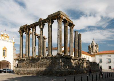 Templo-de-Diana-Évora_3